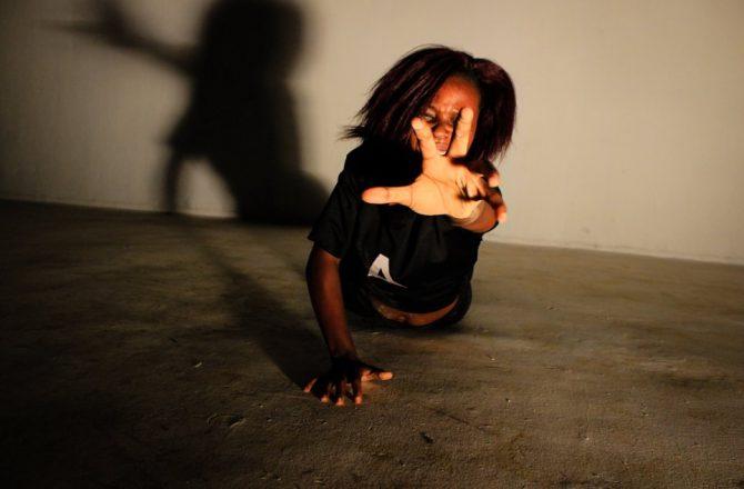 Contro la violenza sessuale: le foto di Esther Mbabazi